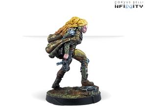aida-swanson-submachine-gun-2.png